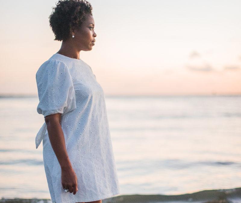 finding-stillness-at-the-ocean-monique-manigault